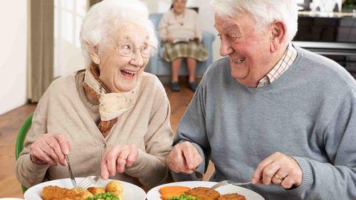 効果的な口腔体操の方法 パタカラ体操や高齢者向け早口言葉などを紹介