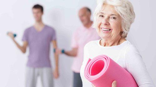 デイサービスで取り組む簡単リハビリ体操!その目的と運動方法についてご紹介!