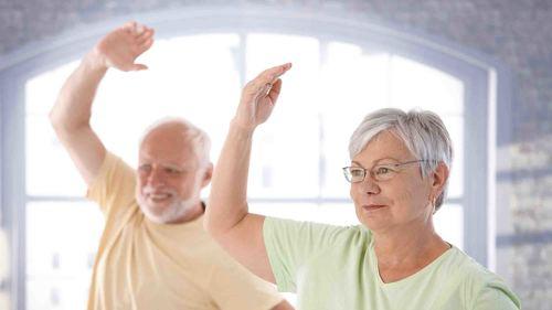 誰でも簡単!ご自宅でできる健康体操をご紹介