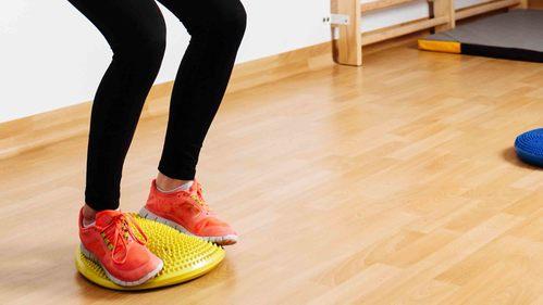 バランスディスク活用法!下半身・体幹に効果的なトレーニング【全30種】