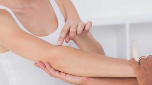 ハンドセラピーに役立つ!前腕・肘のストレッチ特集