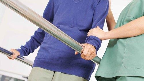 住宅改修に必要な福祉用具【手すり】の選び方とは