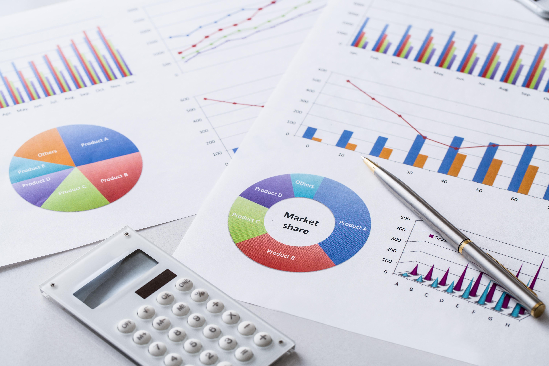 デイサービスの経営はきびしい?介護事業倒産データと経営改善のポイント