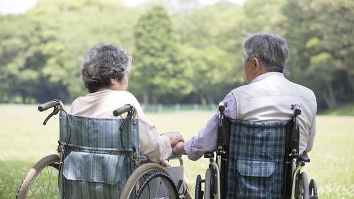 ショートステイとは|家族を支える短期入所生活介護の重要性について