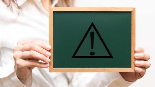 介護事故を防ぐヒヤリハット・報告書の基礎知識【事例21選】