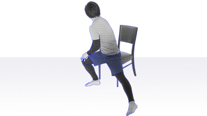椅子座位から離殿して、腰のひねりを加えることで腰や腹筋のストレッチ効果