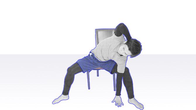 座ってできる個別機能訓練を行おう|腹筋のエクササイズ