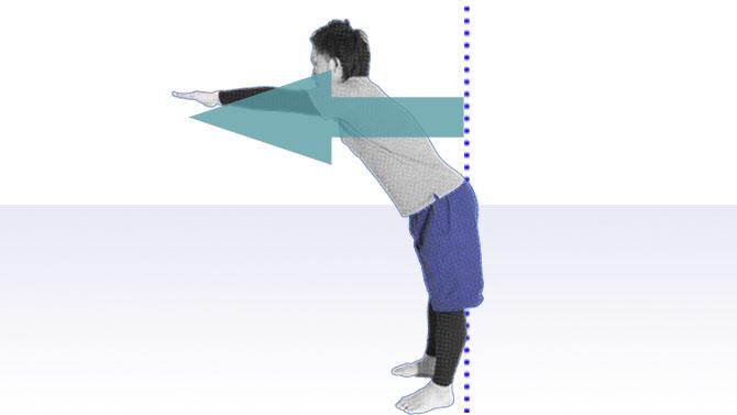 立位バランスの評価であるFRT(ファンクショナルリーチテスト)の動作でトレーニング