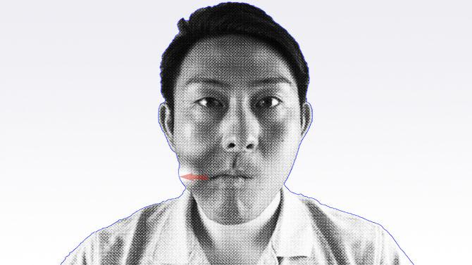 誤嚥性肺炎の予防のためのトレーニング 舌の運動 横へ