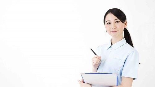 通所介護の人員配置 看護職員の専従(専ら従事)とは、職種ごとの勤務時間における専従